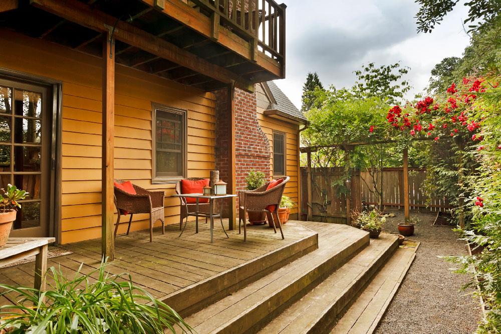 Putnam Handyman Services, Deck Construction and Deck Repairs