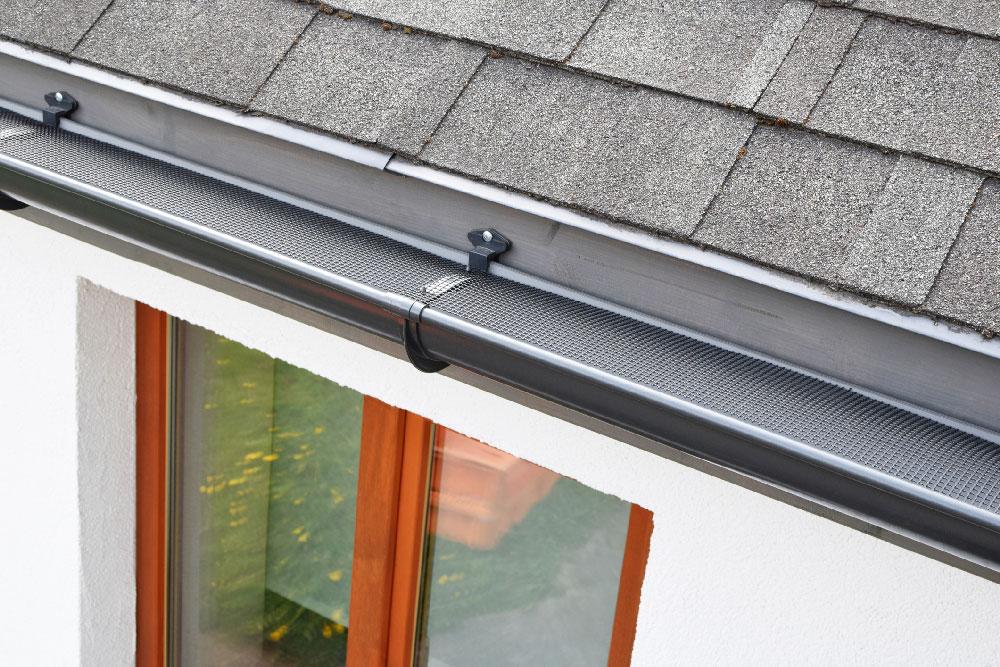 Putnam Handyman Services Gutter Installation, Gutter Repairs and Gutter Leaf Guard